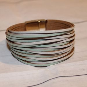 Jewelry - Teal & White Leather Clasp Bracelet